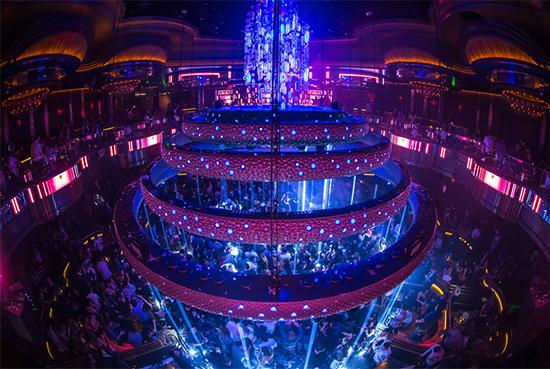 A kép a TAIT Towers és a Rukes.com tulajdona.