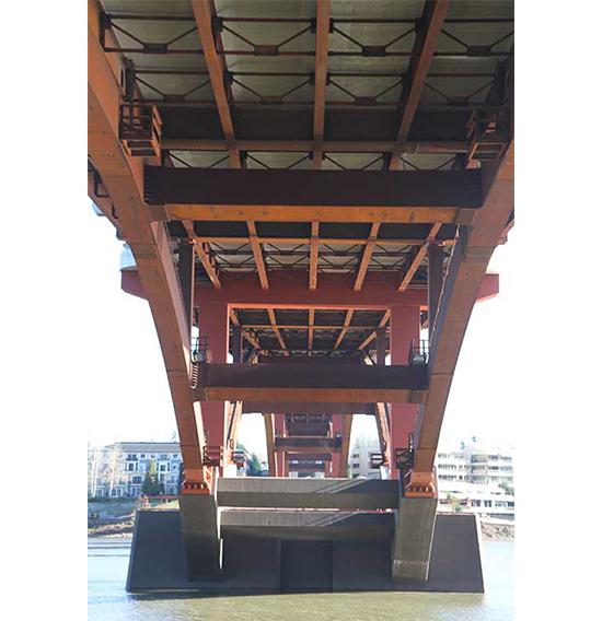 A befejezett Sellwood-híd projekt alulnézetből. A kép a Sundt tulajdona.